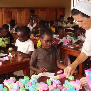 음발마요교구 아요스 선교지역에서 생활하고 활동하시는 수녀님(출처=ACN 자료사진)