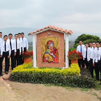 쿠쿠타교구 성 호세 신학교 49명의 신학생들(출처=ACN 자료사진)