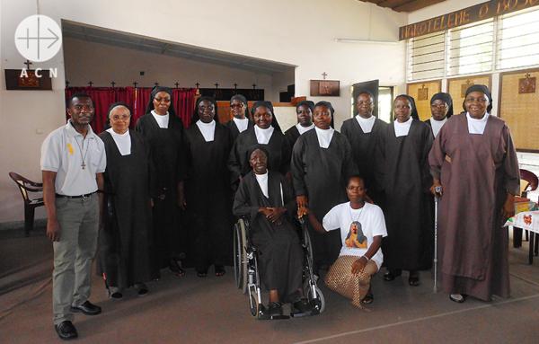 콩고민주공화국의 가르멜 수녀님들. 출처=ACN 자료사진