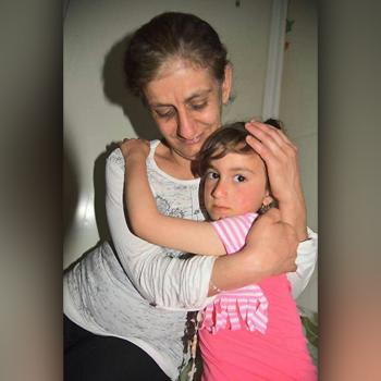 3년 만에 엄마의 품으로 돌아온 이라크 그리스도인 소녀 크리스티나 (출처=ACN 자료사진)