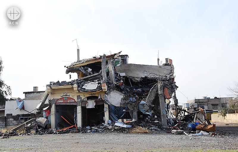 2016년 12월 ACN 이라크 방문 당시 파괴된 바르텔라의 모습 (출처=ACN 자료사진)