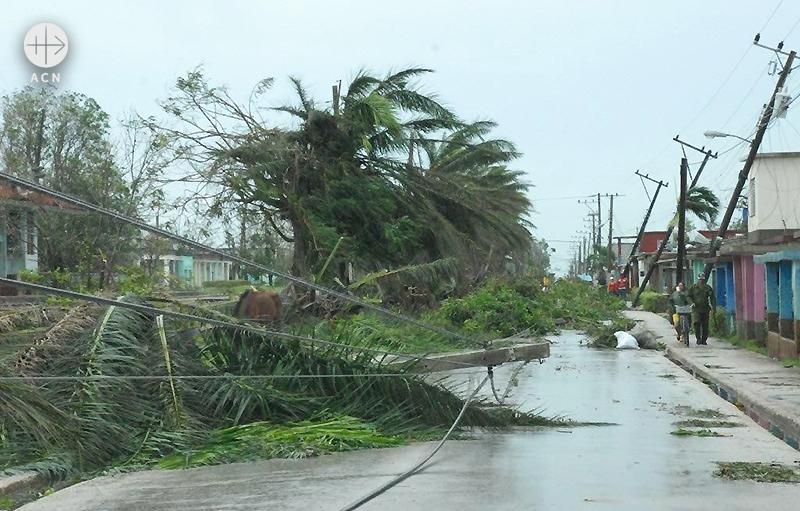 허리케인 어마가 강타한 후 에스메랄다의 거리 모습(출처=ACN 자료사진)