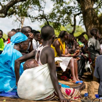 남수단 팔라백 난민들이 미사를 드리는 모습 (출처=ACN 자료사진)