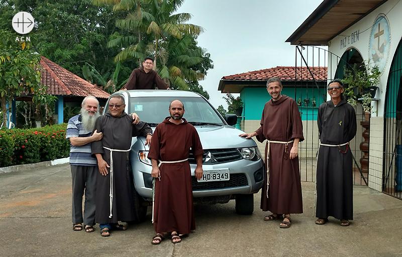 카푸친 작은 형제회 사제들 (출처=ACN 자료사진)