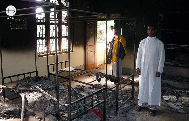 테러로 손상된 콘자멘디 사목센터(출처=ACN 자료사진)