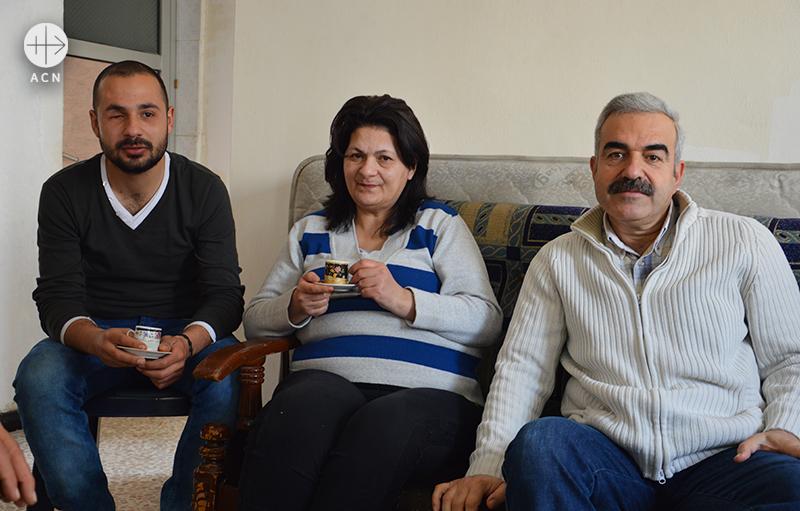 바사르, 리나, 하시브 마콜 (출처=ACN자료사진)
