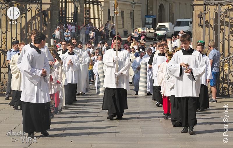 프라하의 신학생들 (출처=ACN자료사진)