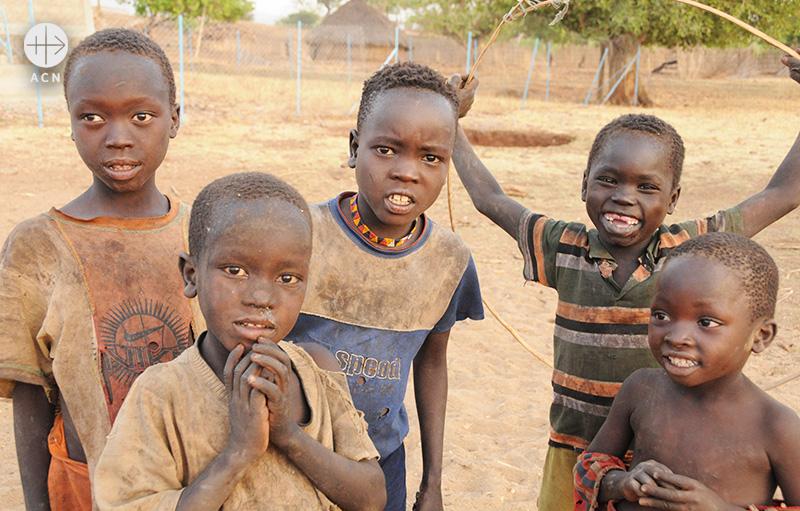 구무즈족 아이들 (출처=ACN자료사진)