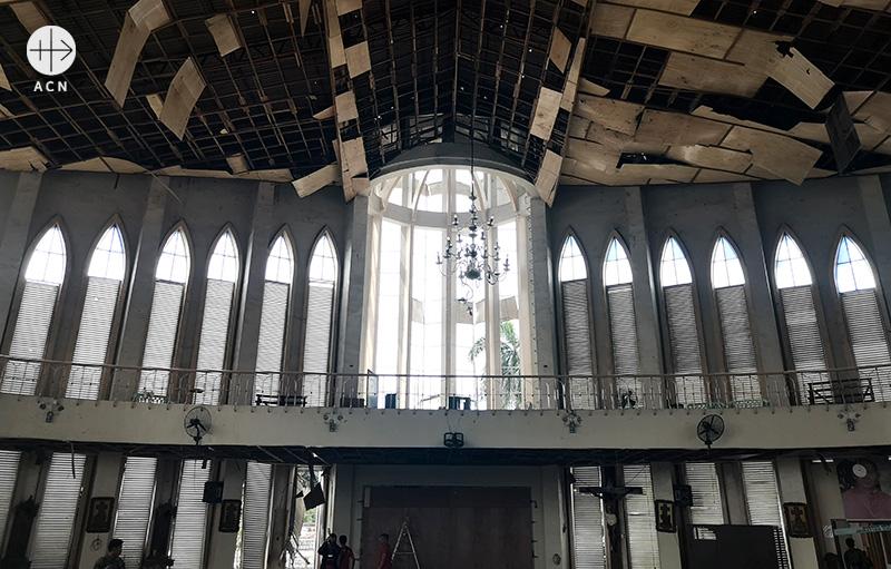 폭탄테러를 당한 홀로의 가르멜산의 성모 성당 (출처=ACN자료사진)