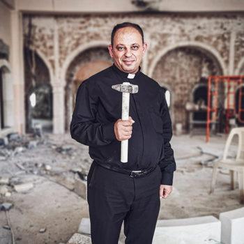 ACN 신앙의 선물 캠페인, 이라크 니네베 평원 카람레스의 본당 사제 타빗 하비브 신부 (출처=ACN 자료사진)