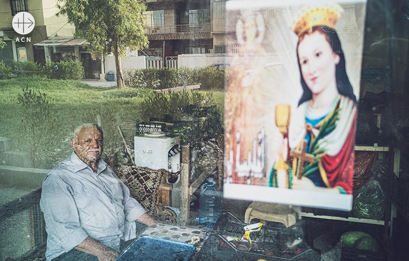 카람레시의 주민 (출처=ACN 자료사진)
