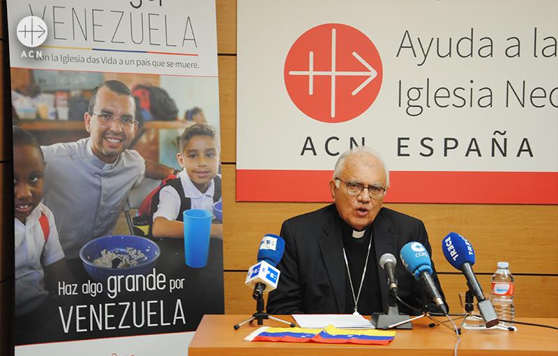 ACN 스페인지부 기자회견 중 발타사르 포라스 추기경 (출처=ACN 자료사진)