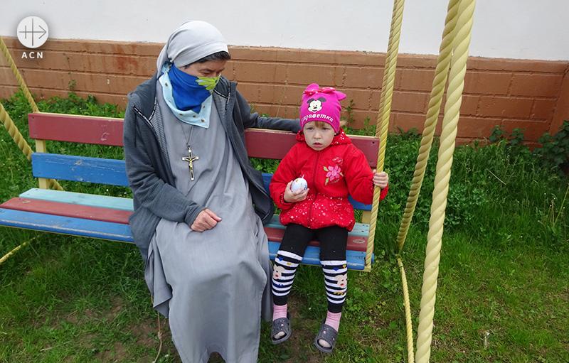 카미야네치포딜스키 교구 24개 공동체의 수녀 150명을 위한 생계 지원