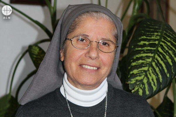 2015년 ACN 국제본부를 방문한 죠셉마리 샤나 수녀 (출처=ACN 자료사진)