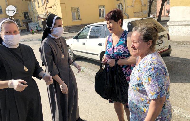 코로나19 세계적 대유행 시기에 활동하는 성 엘리사벳 수녀회 (출처=ACN 자료사진)