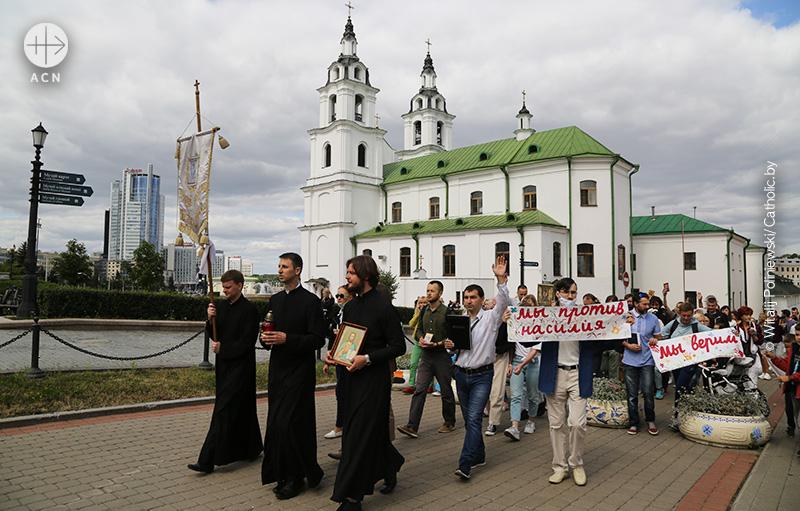 벨라루스 연대 시위 (출처=Witalij Poliniewski/Catholic.by)