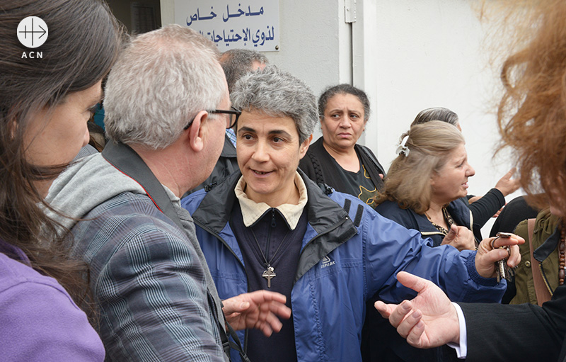 레바논 성 안토니에 시약소를 운영하는 착한목자수녀회 하난 유세프 수녀 (출처=ACN 자료사진)