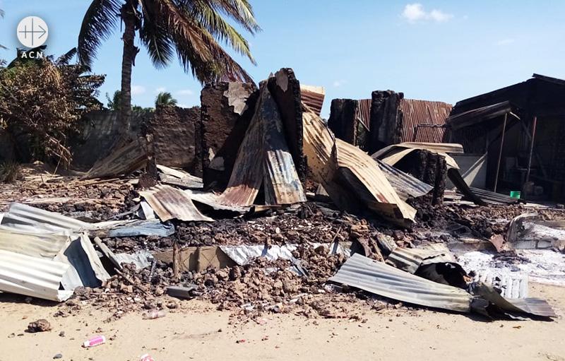 2020년 6월 촬영된 모잠비크 모킴보아 다 프라이아 공격 현장 (출처=ACN 자료사진)