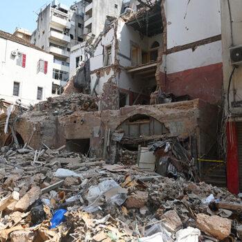 베이루트의 무너진 주택들 (출처=ACN 자료사진)