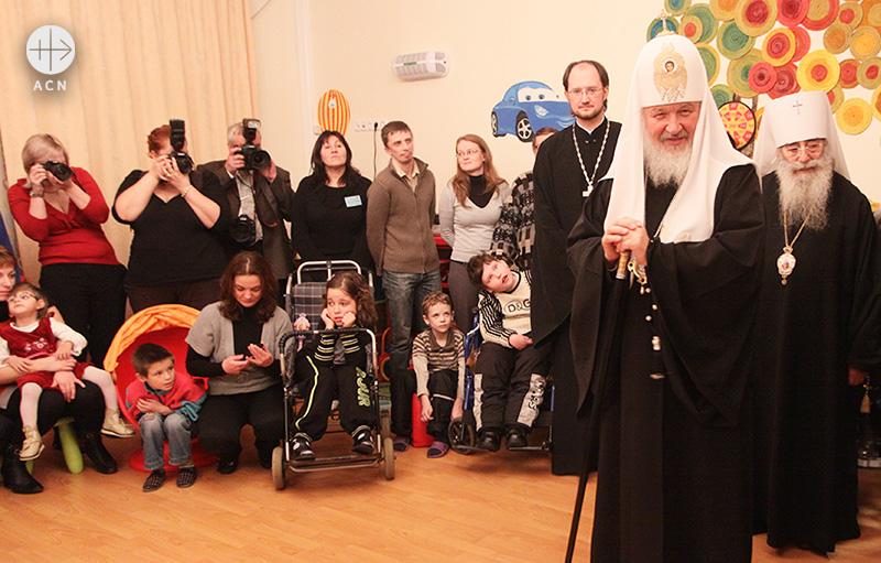 어린이 호스피스 병원을 방문한 러시아 정교회 키릴 총대주교 (출처=ACN 자료사진)