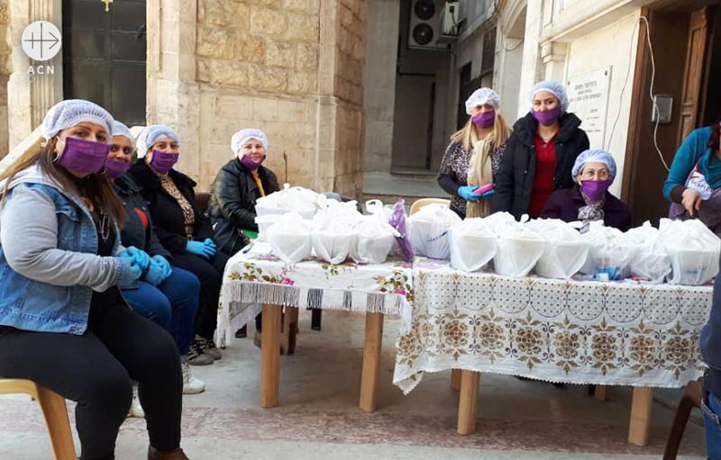 시리아의 가난한 이들을 위한 간편조리식 제공 (출처=ACN 자료사진)