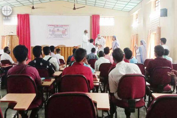 인도 투라교구 평신도 교육 지원 (출처=ACN 자료사진)